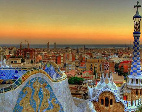 Programa em Universidade Europeia - Barcelona